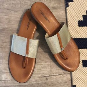 Andre Assous Nice Wedge Heel Sandals size 10 / 40